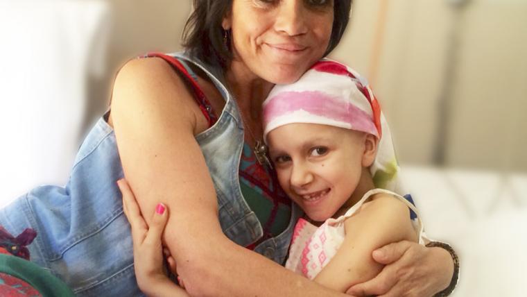 El PROYECTO LUNA nace como iniciativa solidaria de apoyo a la infancia. Desde wwww.psicologodemadrid.org apoyamos el proyecto y decimos: ¡SOMOS LUNÁTICOS!