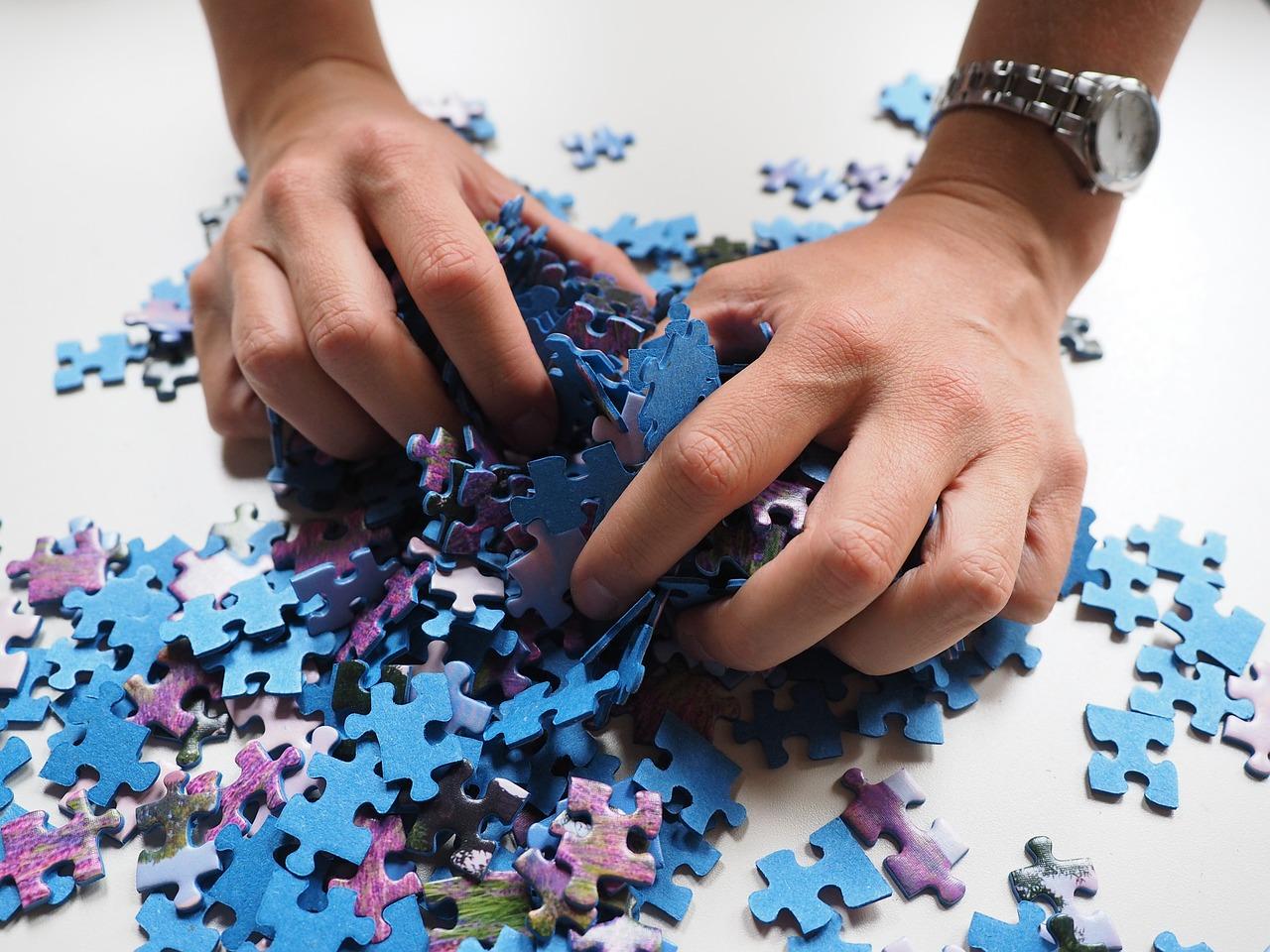 la terapia individual realizada con un psicologo clinico en psicologodemadrid.org te ayudara a completar tu puzle de tus emociones y a alcanzar tu bienestar