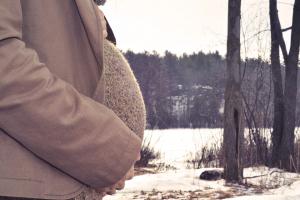 La maternidad del siglo XXI viene cargada de culpa. Se ha convertido en un dilema moral difícil de llevar. Psicologia perinatal en psicologodemadrid.org