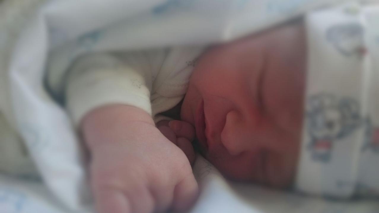 Soy papá. Ha nacido nuestro bebé y no se muy bien qué hacer. Tengo sentimientos encontrados y estoy un poco perdido.