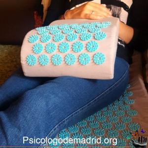Acupresión y psicoterapa juntos en exclusiva en Madrid. Obtén beseficios inmediatos en situaciones de estrés, ansiedad, insomnio o dolores crónicos. Pide cita ya en el 628592192